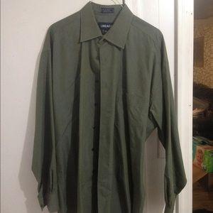 SALE ITEM Mens Olive Green Shirt. Like New. 34-35